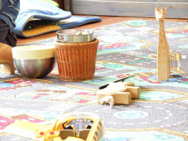 minimalismus im kinderzimmer. Black Bedroom Furniture Sets. Home Design Ideas