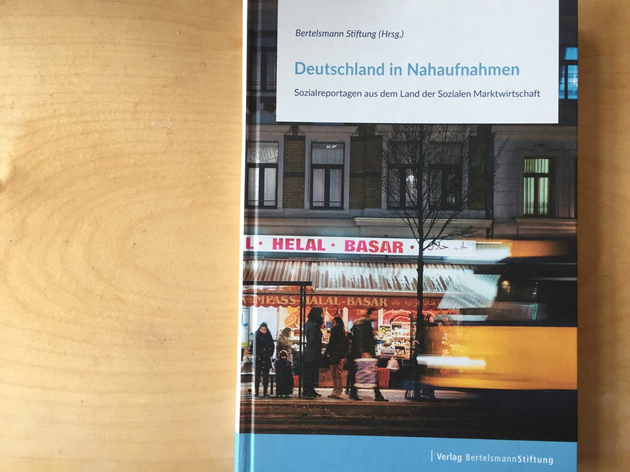 Deutschland in Nahaufnahmen Bertelsmann 01